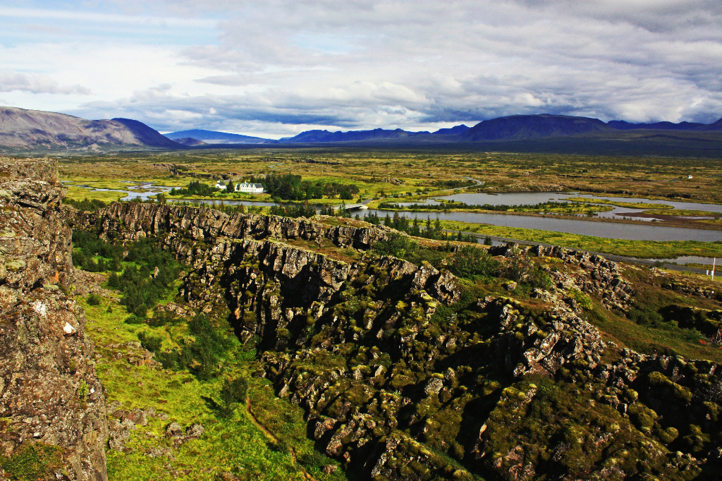 Pingvellir and the Mid-Atlantic Ridge, Iceland Mallory On Travel adventure, photography