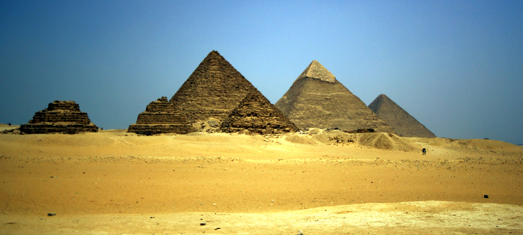 The Great Pyramid and Giza Pyramids, Cairo, Egypt on Mallory On Travel adventure, photography