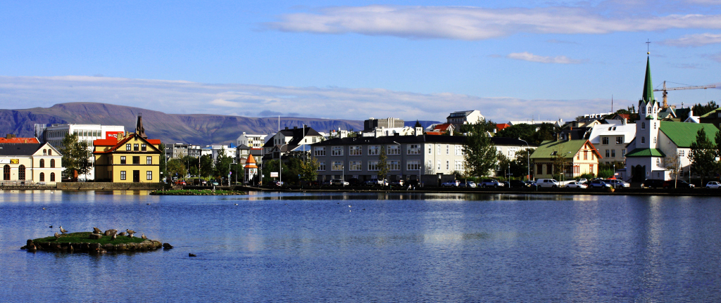 Reykjavik's Lake Tjornin on Mallory On Travel adventure, photography