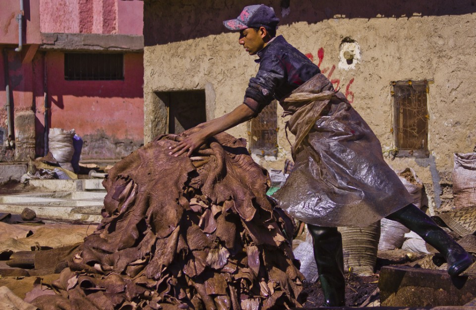 The tannery of Marrakech and the Moroccan workers Copyright © by Mallory On Travel 2011 adventure photography