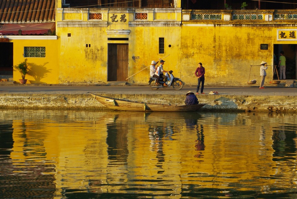 Cambodia to Vietnam; The sunsets on Hoi An, Vietnam on Mallory on Travel adventure photography