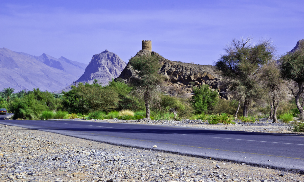 Hills and forts in the mountains of Hajar, Oman on Mallory On Travel adventure, photography