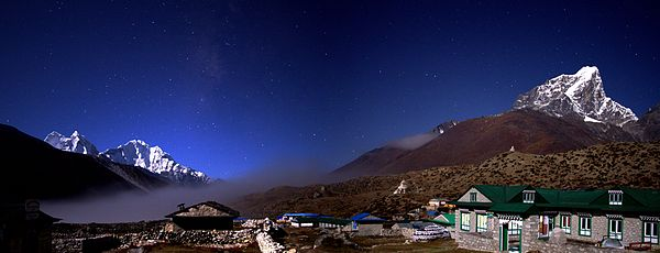 The village of Dingboche in the Himalaya on the Everest Base Camp trek on Mallory on Travel, adventure, adventure travel, photography 600px-Dingboche_Nepal_at_Night