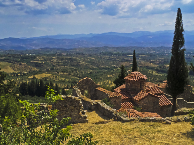 Byzantine city and views from Mystras on the Peloponnese Peninisula, Greece on Mallory on Travel adventure, adventure travel, photography Iain Mallory-300-66_mystras