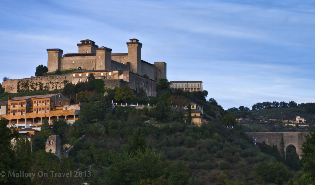 Hilltop fort in Molise, Italy on Mallory on Travel adventure, adventure travel, photography Iain Mallory-300-189_mountain_fort