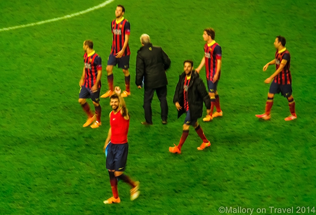 FC Barcelona football players thanking their supporters at the Etihad Stadium, Manchester on Mallory on Travel adventure, adventure travel, photography Iain Mallory-300-10 fcbarcelona_players