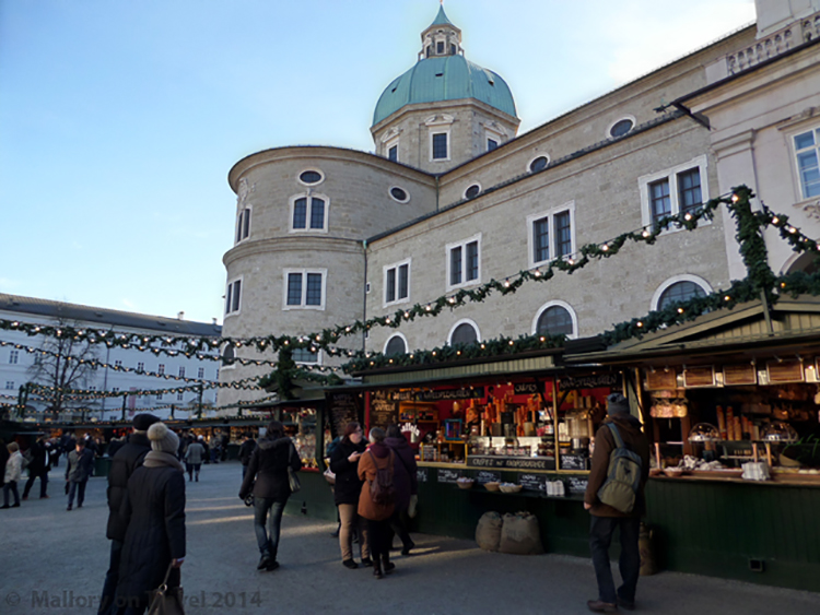 River cruising in Europe on the Danube, the Christmas market at Salzburg, Vienna on Mallory on Travel adventure, adventure travel, photography Iain_Mallory_SAM_2405 christmas_market_salzburg