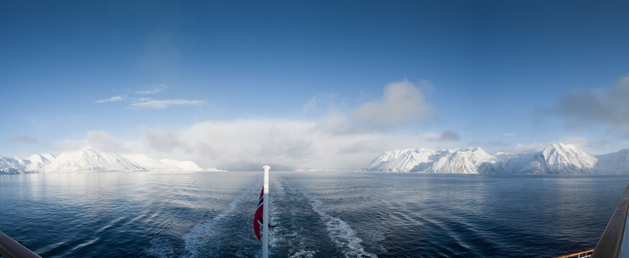 Arctic coast, Hurtigruten in Arctic Norway on Mallory on Travel adventure, adventure travel, photography fjord_norway
