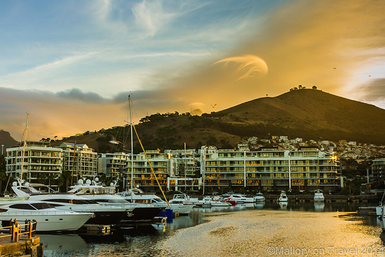 Amazing clouds at sunset in Cape Town, South Africa on Mallory on Travel adventure, adventure travel, photography Iain Mallory-300-26 cape_town