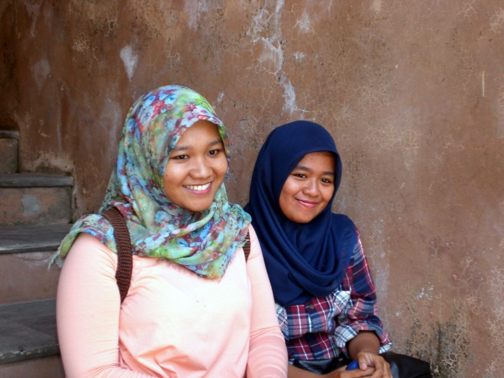 Lovely smiling ladies at the Water Palace, Yogyakarta, Indonesia on Mallory on Travel adventure travel, photography, travel
