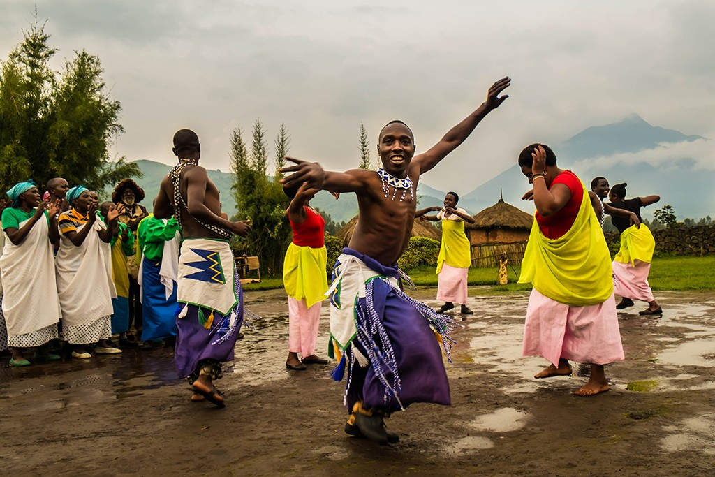 Dancers at the Iby'Iwacu cultural village in Volcano National Park in north Rwanda in east Africa on Mallory on Travel adventure travel, photography, travel Iain_Mallory_Rwanda-2148a