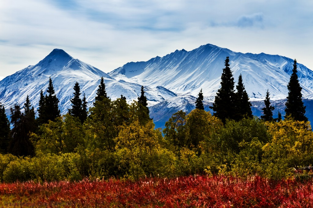 "Mountains alongside the Alaska Highway, ""The Top of the World Highway"" towards Haines Junction in The Yukon, Canada on Mallory on Travel adventure travel, photography, travel Iain_Mallory_Yukon1412575"