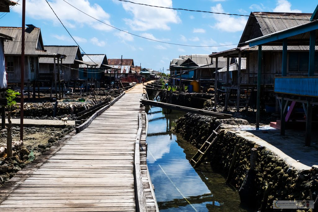 The Bajo village of the Sea Gypsies in Pulau Hoga, Wakatobi in Indonesia on Mallory on Travel adventure travel, photography, travel iain-mallory_indo1554