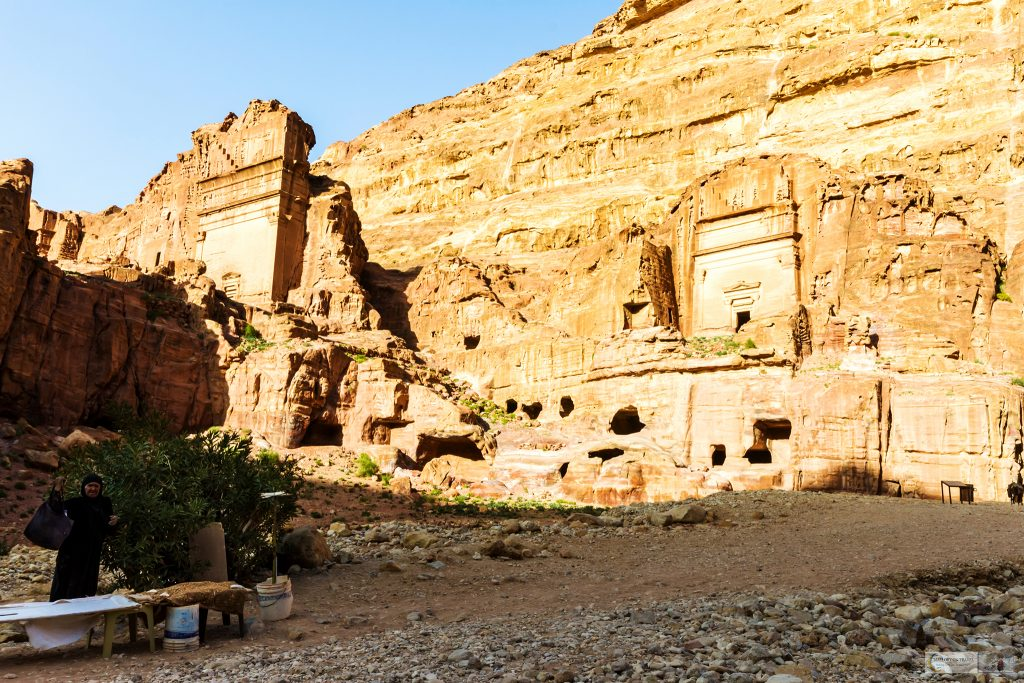 A lady merchant closing stall in the red-rose city of Petra in south Jordan on Mallory on Travel adventure travel, photography, travel Iain Mallory_Jordan 001-22