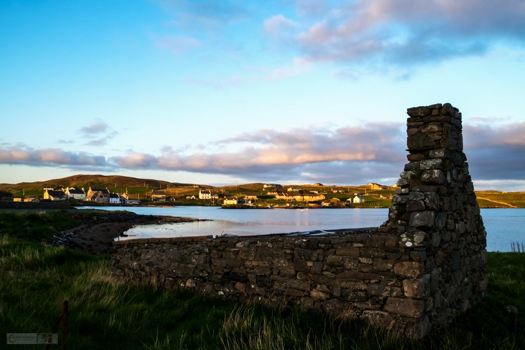 Highlights of a highland road trip; Voe House, camping böd on Shetland in the highlands and islands, west coast of Scotland on Mallory on Travel adventure travel, photography, travel Iain Mallory_Scotland 001-19