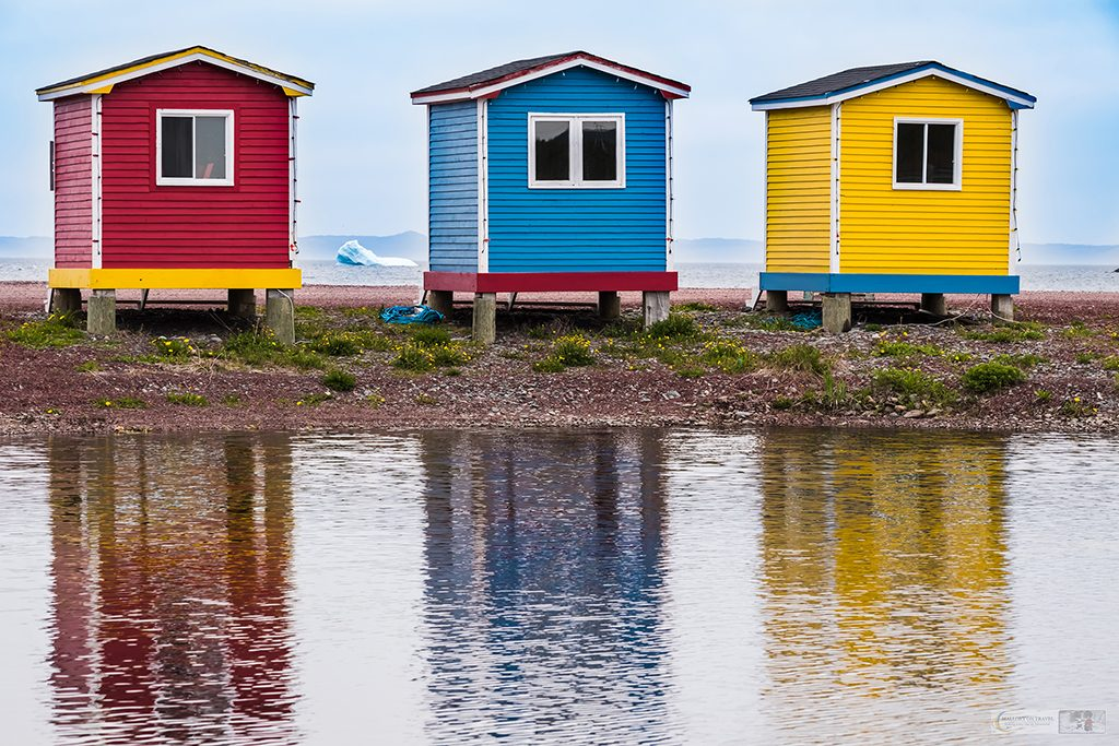 Colourful beach houses near Portugal Cove on the Avalon Peninsula, Newfoundland and Labardor in Canada on Mallory on Travel adventure travel, photography, travel Iain Mallory_newfoundland-1-38