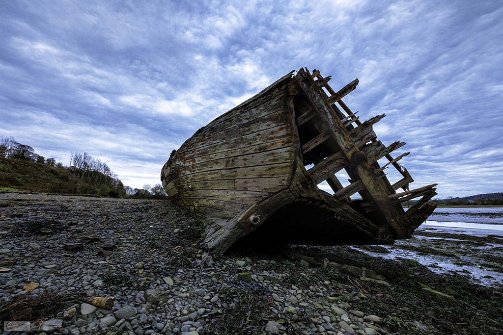 Campervanning in Dumfries and Galloway, a shipwreck in the River Dee estuary near Kirkcudbright on the Solway Firth in Scotland on Mallory on Travel adventure travel, photography, travel Iain Mallory_dumfries-02