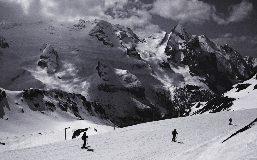 Skiing on the Sella Ronda, Italian Dolomites on Mallory On Travel adventure, photography