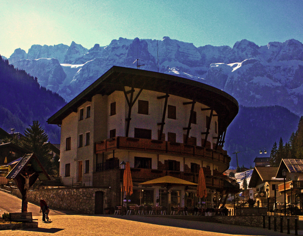 Cafe des Alpes in Selva Wolkenstein in the Italian Dolomites on Mallory On Travel adventure, photography