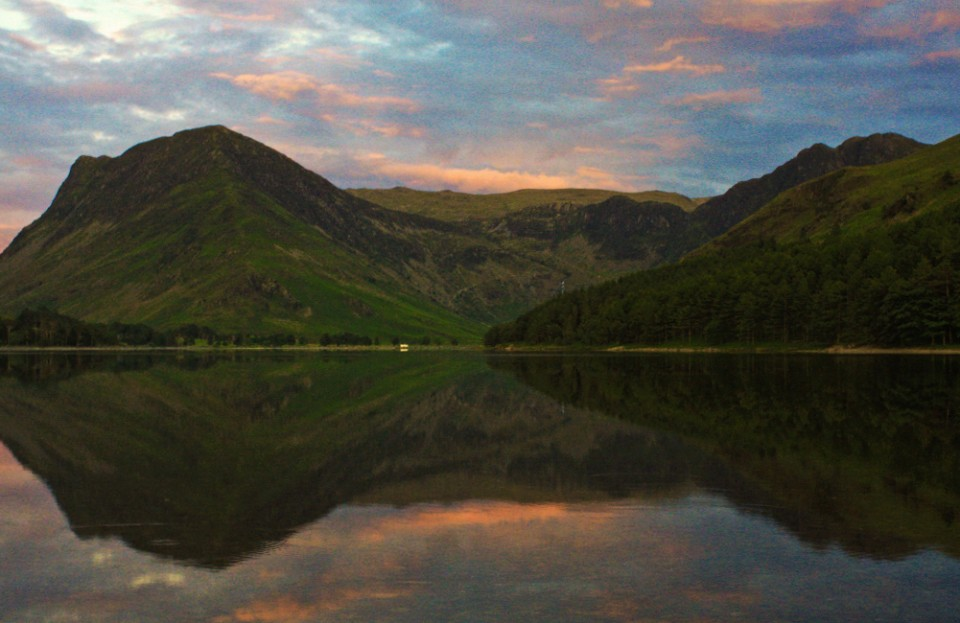 Lake Buttermere in the English Lake District on Mallory On Travel adventure, photography