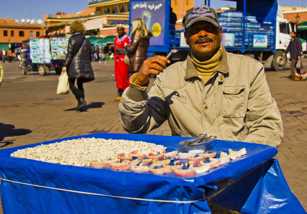 Not the average dentist in Moroccan Marrakech on Mallory On Travel adventure, travel, photography