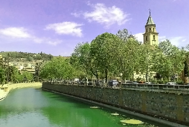 The lovely Spanish city of Granada on Mallory on Travel, adventure, photography