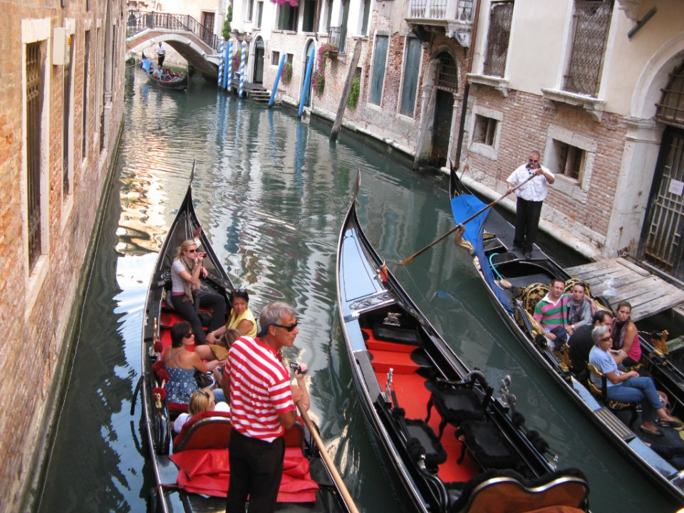 The gondolas of Venice in Italy on Mallory on Travel, adventure, photography