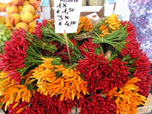 Colourful spices in Venice, Italy on Mallory on Travel, adventure, photography
