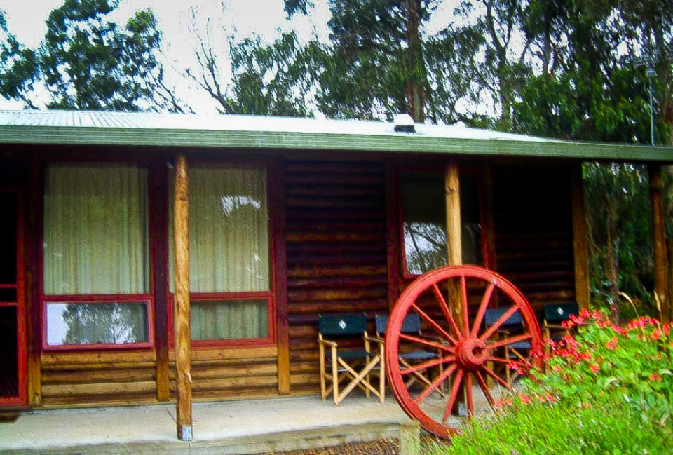 Log cabin in the Grampian Mountains of Queensland, Australia on Mallory on Travel, adventure, photography