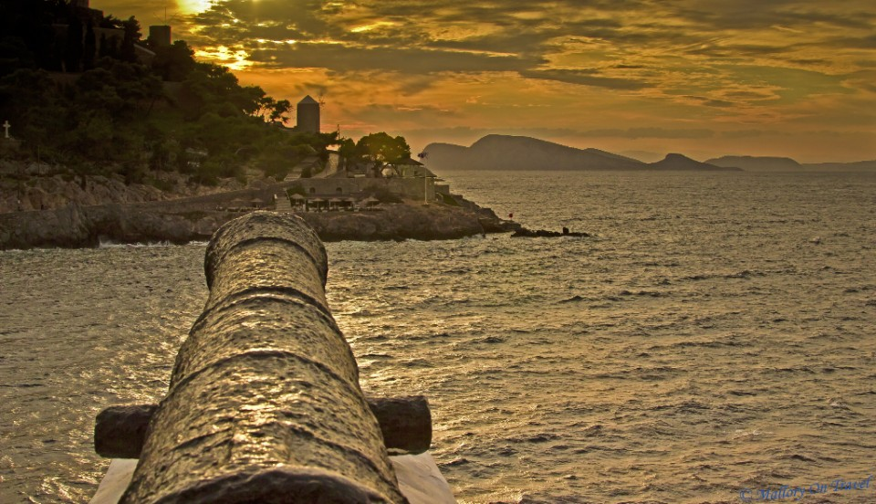 'Cannon's eye' view on Hydra in the Greek Saronic Islands in the Aegean Sea near Athens on Mallory on Travel, adventure, adventure travel, photography