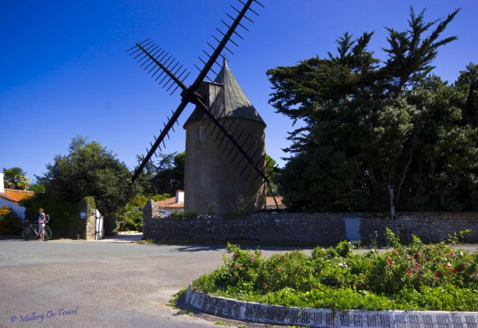 Windmills and restaurants on Île de Ré in Poitou-Charentes, France Charente-Maritime