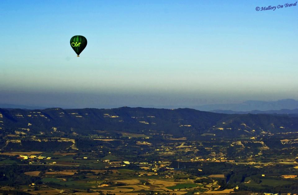 Sustainable travel; Ballooning in the La Garrotxa, Catalan on Mallory on Travel, adventure, adventure travel, photography