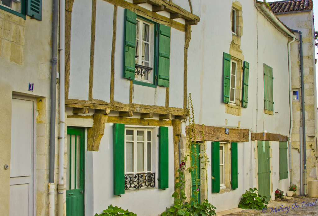 Holiday cottages on Île de Ré in Poitou-Charentes, France on Mallory on Travel, adventure, adventure travel, photography