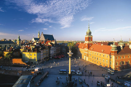 Poland, Warsaw Old Town itinerary on Mallory on Travel, adventure, adventure travel, photography