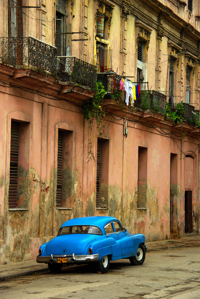 The cool classic cars of Havana, Cuba on Mallory on Travel adventure photography