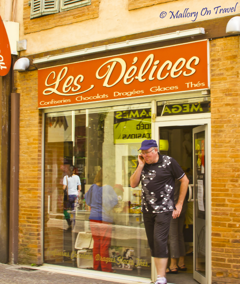 Patisserie in Montauban in the French Aveyron on Mallory on Travel adventure photography