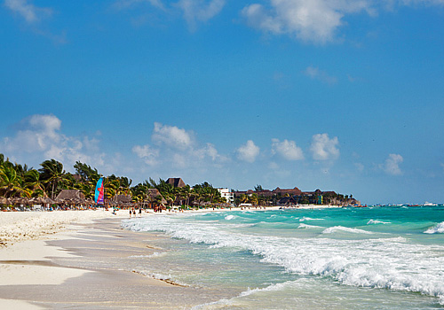 Beach in Playa del Carmen, Riviera Maya, Mexico on Mallory on Travel adventure photography
