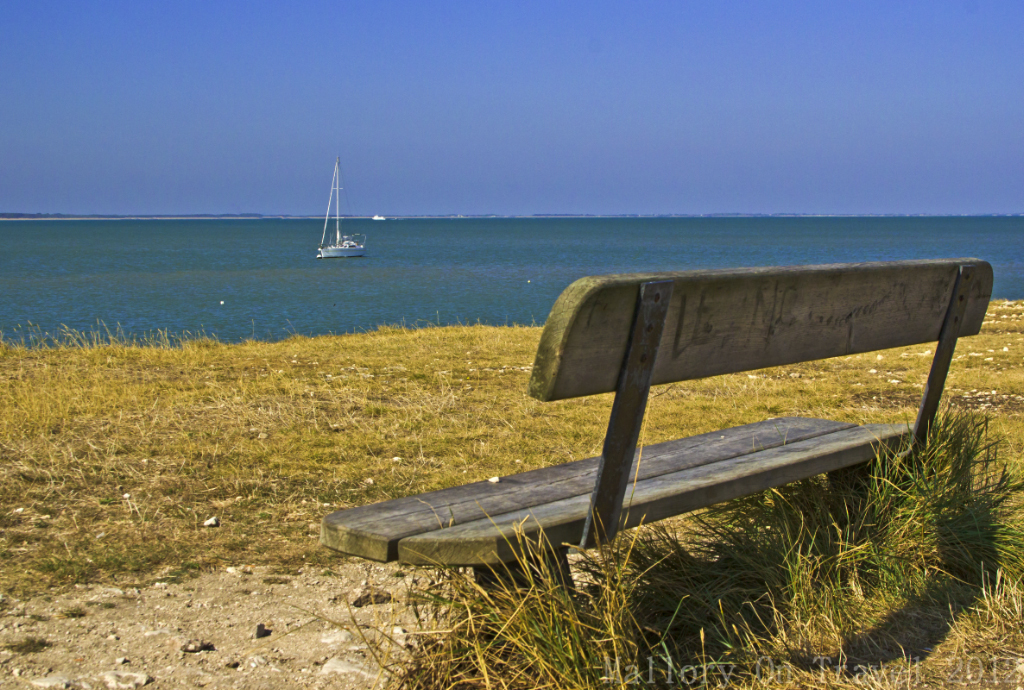 Quiet bench on Île-d'Aix in the French region of  Poitou-Charentes on Mallory on Travel adventure photography