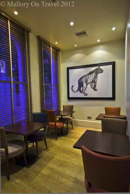 The Tiger Bar in the Kensington House hotel London on Mallory on Travel adventure photography
