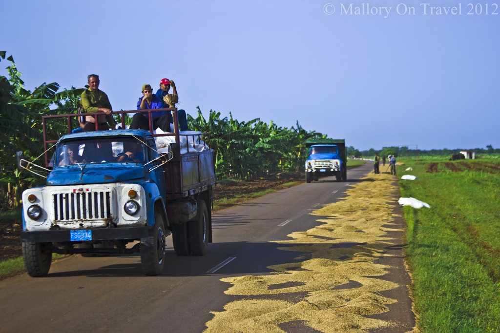 The grain truck on the rice road from Cienfuegos to Havana on the Caribbean island of Cuba on Mallory on Travel, adventure, photography Iain Mallory-300(2)