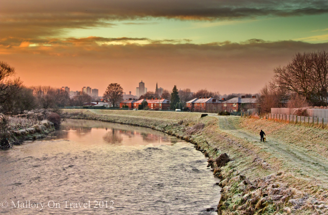 The river at dawn in suburban Salford woodland, of greenbelt Manchester on Mallory on Travel adventure photography Iain Mallory-300-47_winter_river