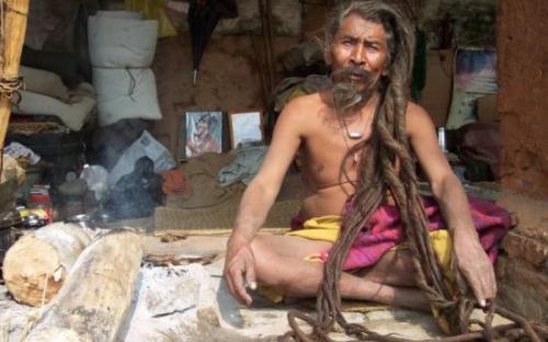 Holy man in Kathmandu in the Himalaya on the Everest Base Camp trek on Mallory on Travel, adventure, adventure travel, photography SS_SPENCER_PAUL_EK5_0
