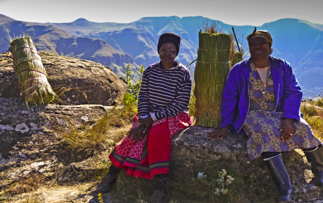 Zulu women resting in the Drakensberg in the KwaZulu-Natal region of South Africa near Durban on Mallory on Travel, adventure, adventure travel, photography Iain Mallory-300-97 zulu_women
