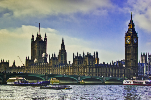 London landmarks; The Palace of Westminster and Big Ben, overlooking Westminster Bridge and the River Thames in London, UK on Mallory on Travel adventure, adventure travel, photography Iain Mallory-300-1_westminster_palace