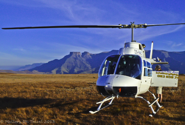 Helicopter in the Drakensberg in the KwaZulu-Natal in South Africa on Mallory on Travel adventure, adventure travel, photography on Mallory on Travel adventure, adventure travel, photography Iain Mallory-300-29-1_drakensberg