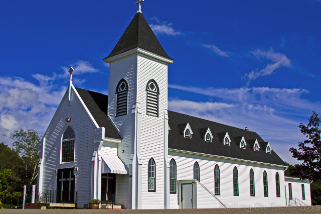 Church at Blacks Harbour, in the Bay of Fundy, New Brunswick, Canada on Mallory on Travel adventure, adventure travel, photography Iain Mallory-300-34_wooden-church