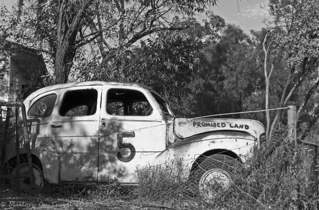 Digital photography; Abandoned car in Alice Springs, the Northern Territory of Australia on Mallory on Travel adventure, adventure travel, photography Iain Mallory-300-100BW_abandoned_car