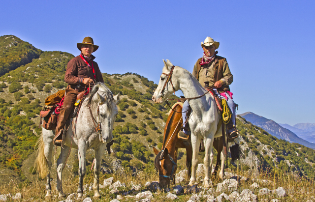 Italian cowboys on the horses in the Matese region of Molise, in Italy on Mallory on Travel adventure, adventure travel, photography Iain Mallory-300-16_italian_cowboys