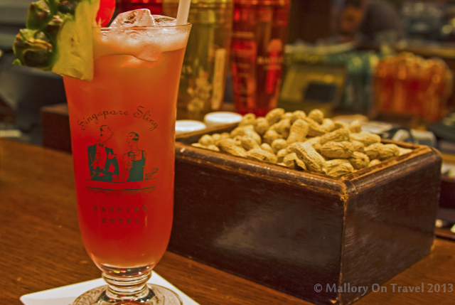 Singapore Sling cocktail in the Raffles Long Bar in Singapore on Mallory on Travel adventure, adventure travel, photography Iain Mallory-300-24_raffles_longbar