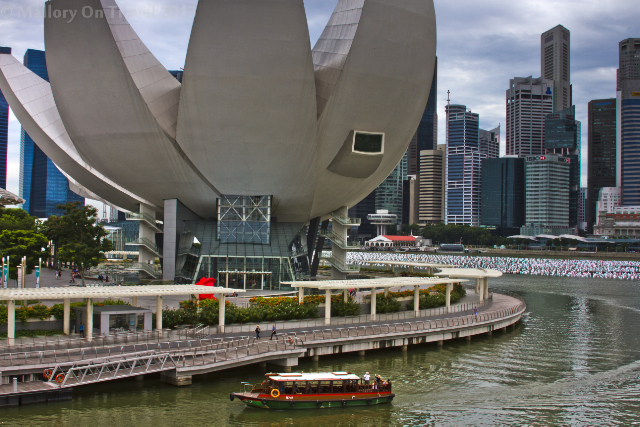 The Art and Science Museum in Singapore on Mallory on Travel adventure, adventure travel, photography Iain Mallory-300-37_museum_singapore